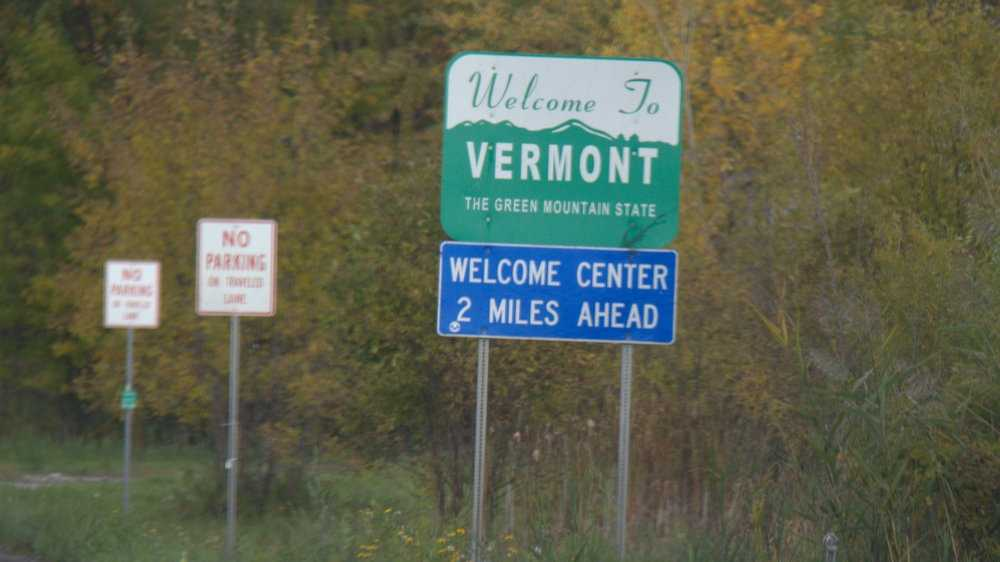 Welcome to Vermont sign 051213.jpg