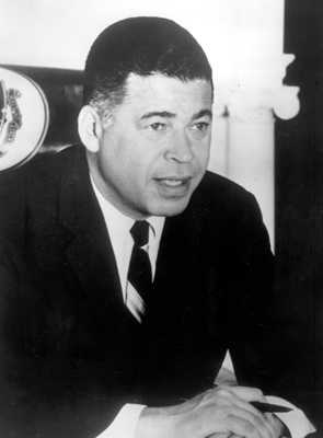 In Walters' autobiography, Audition, she claimed that she had an affair in the 1970s with Edward Brooke, then a married United States Senator from Massachusetts. Walters said they ended the affair to protect their careers from scandal.