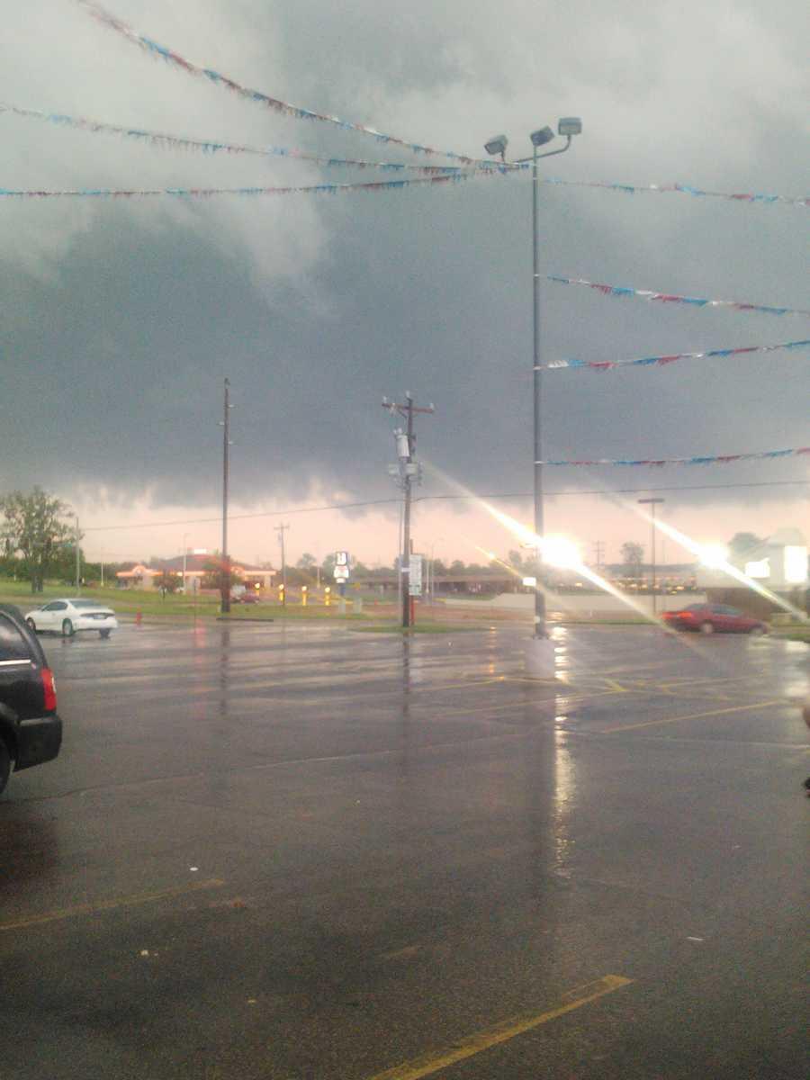 Start of tornado in Harrah, OK