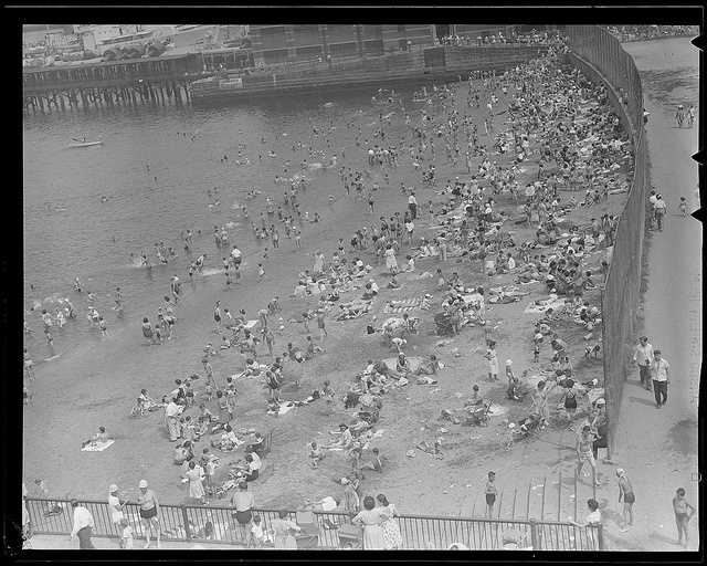1935: North End Beach