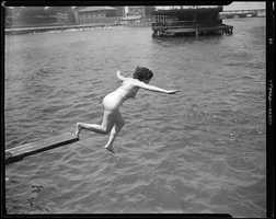 Between 1934 and 1936: Diving in North End