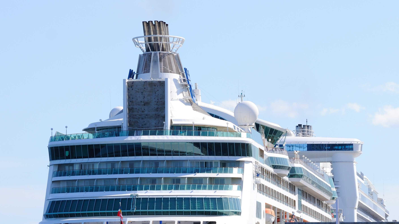 Grandeur of the Seas 052713