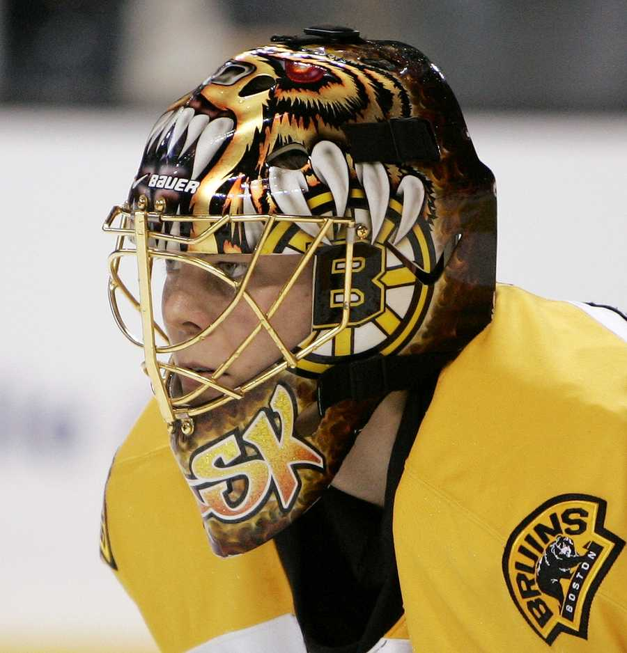 Rask is 6 feet 2 inches tall.