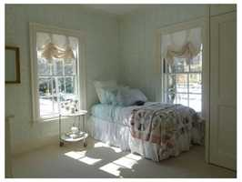 All bedrooms have bathrooms en-suite.