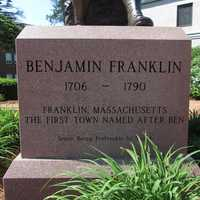 According to the 2011 US Census, the median household income for Franklin was $92,066