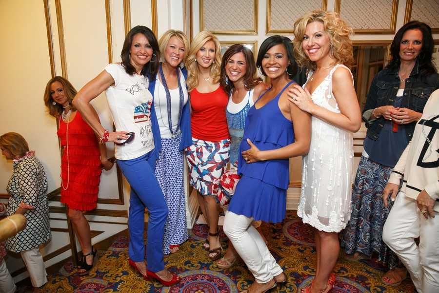 Liz Brunner, Heather Unruh, Bianca de la Garza, Cindy Fitzgibbon, Shayna Seymour and Dorothy Krysiuk