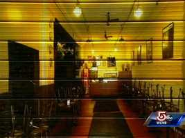 Though closed after lunch time, the Hanover Street location looks open at night.