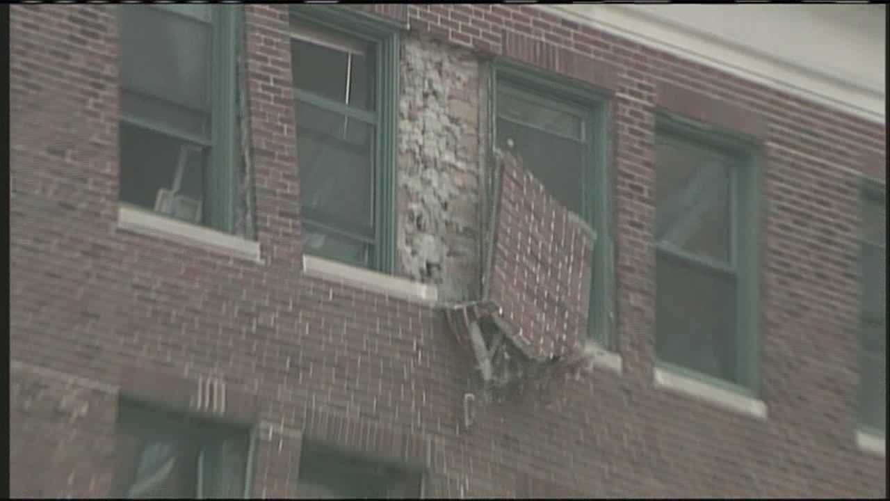 High Street in Portland to remain closed following partial building facade collapse