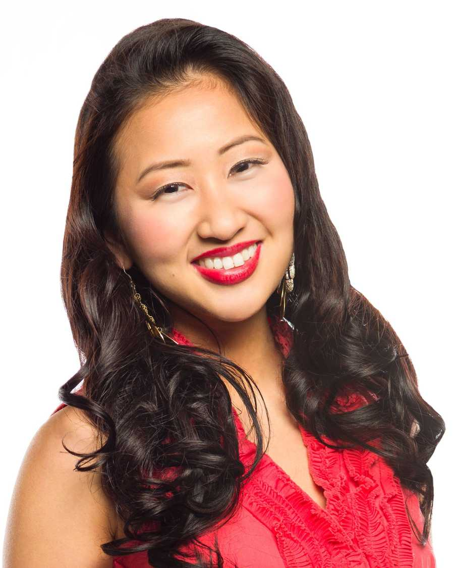 Carrie Jie Sunde is Miss Cambridge 2013.  A resident of Charlestown, Carrie is a 20-year old senior at Syracuse University where she is majoring in Public Relations.