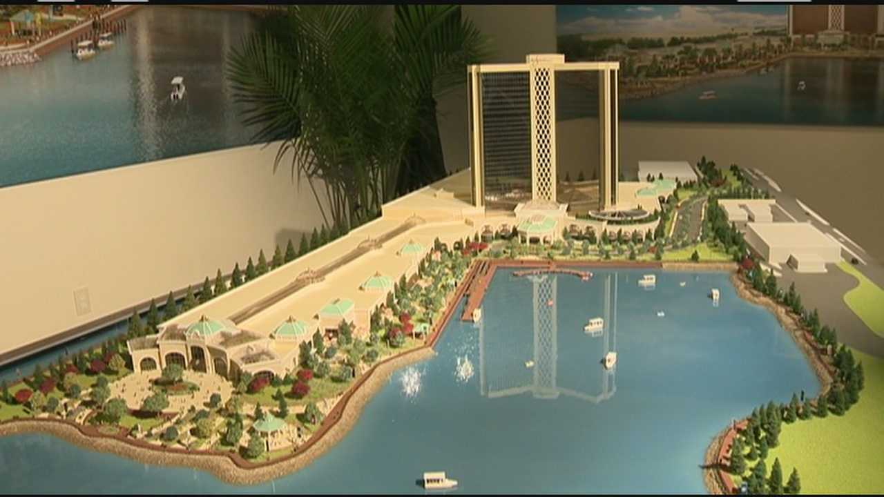 Casino mogul unveils model for Everett resort
