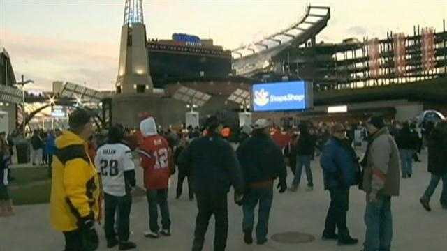Going to Foxboro? Leave purse, seat cushions at home