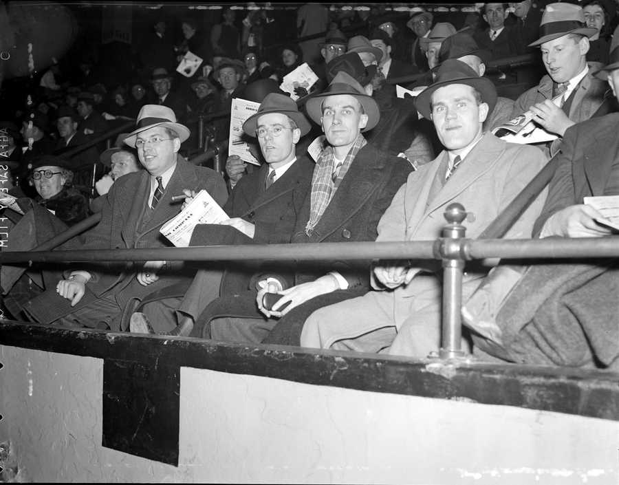Because of the way the Garden was designed, fans were much closer to the players during Bruins and Celtics games than in most arenas, leading to a distinct hometown advantage.