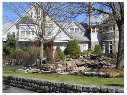 It's a spectacular home located on the banks of the mighty Merrimack River.