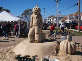 Hampton Beach Sand Sculpture Competition: Top prize is $50,000 and the winning sculptures are kept on display for two weeks (hamptonbeach.org)