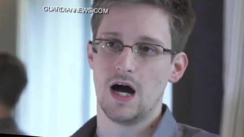 (img1)Edward Snowden s Whereabouts Still Unknown