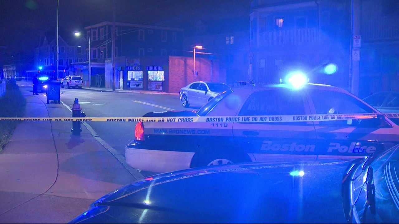 Boston Police investigating a double shooting near a Dorchester liquor store