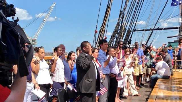 26 people became United States citizens on the USS Constitution on July 4, 2013.
