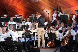 Dononhue conducts the Boston Pops Orchestra