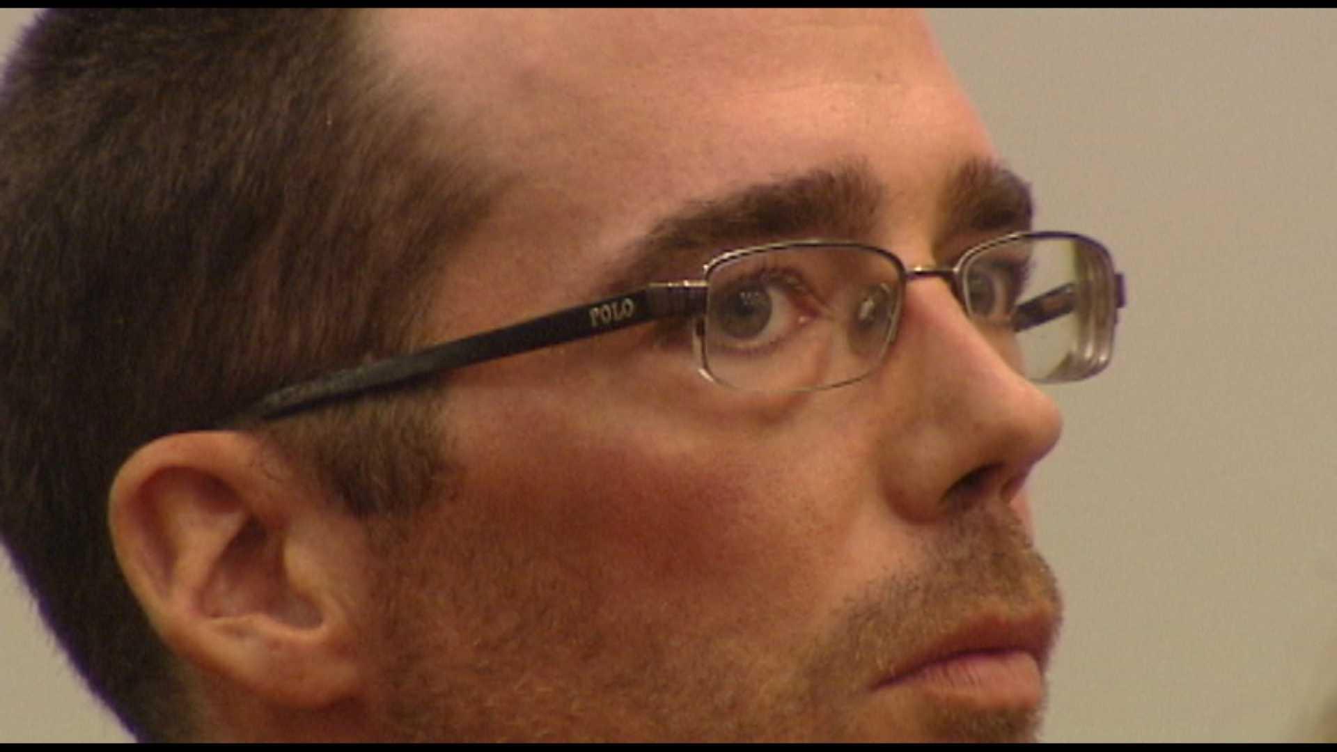 A Pittsford man denies he killed his girlfriend in a domestic dispute.