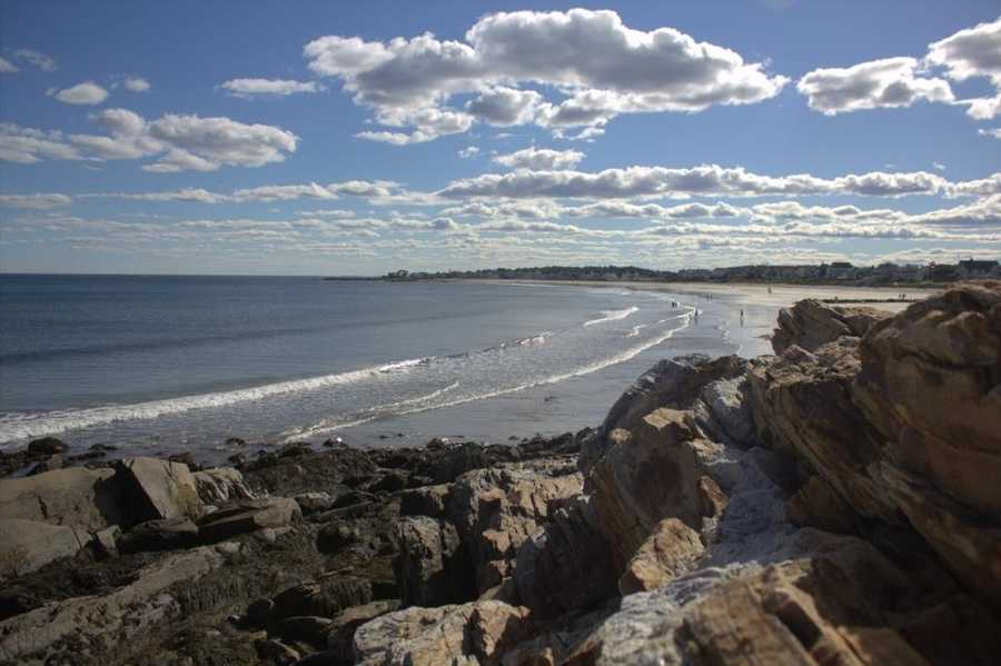 New England is home to a unique collection of beaches. Some, like Rye Beach in New Hampshire, are a mixture of sand and cliffs.
