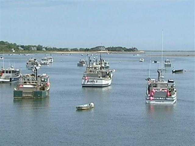 ...picturesque harbor...