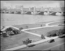 View of the Longfellow Bridge and the Charles River Esplanade in 1933