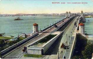 The new bridge viewed from Boston, sometime between 1906 and 1912. Note the absence of MIT in the distance, and that the subway tracks in the center have yet to be connected to anything.