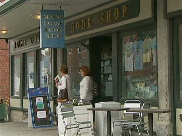 Other local landmarks include the Maine Coast Book Shop.