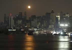 A view of the Upper West side of Manhattan is seen from Weehawken, N.J., Thursday, Aug. 14, 2003.