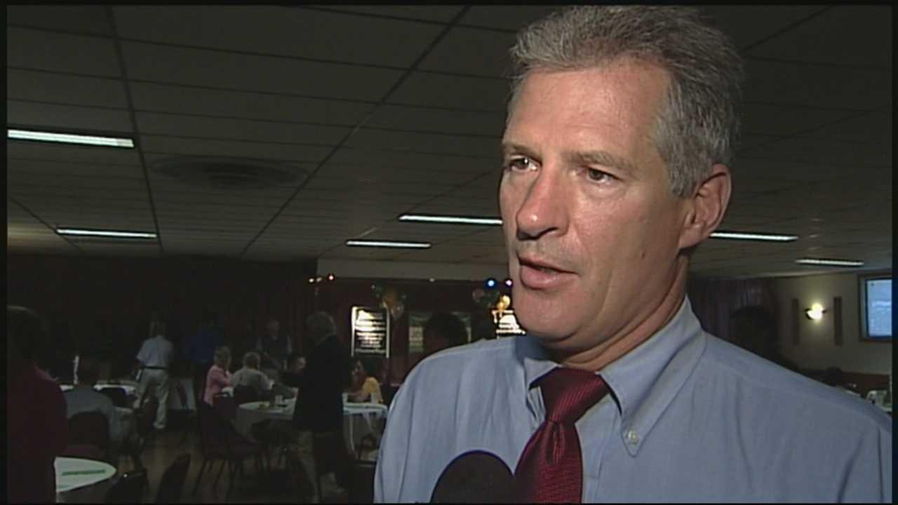 Former Sen. Scott Brown visits NH