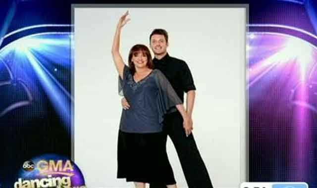 Valerie Harper dancing with Tristan MacManus