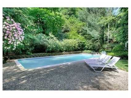 It also has a heated pool and lit tennis court.