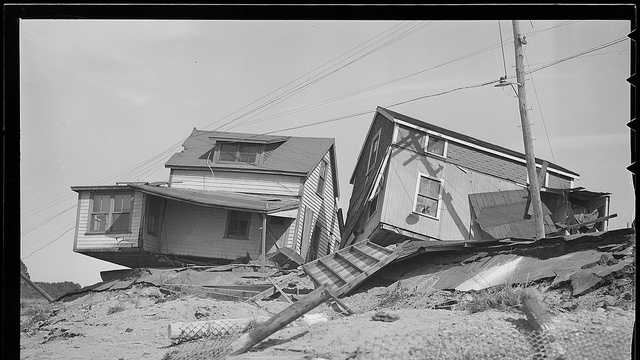 an overview of the infamous great hurricanes of 1938 Real news, curated by real humans packed with the trends, news & links you need to be smart, informed, and ahead of the curve.