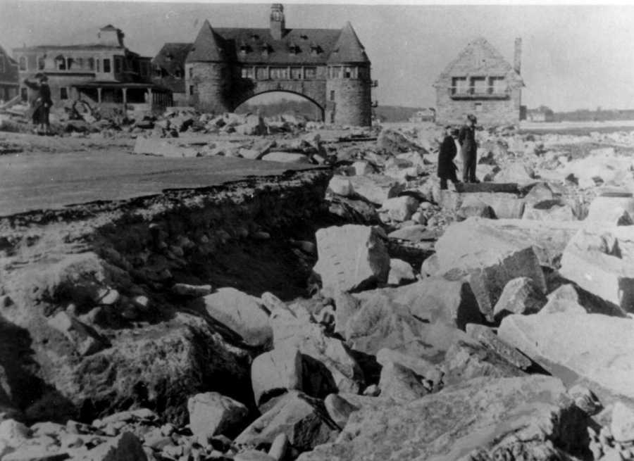 Ocean Drive at Narragansett Pier. The Blue Hill Observatory is hosting a commemorative event on the Hurricane of 1938 on Sept. 21. Click here for details