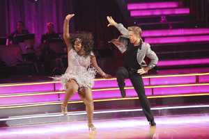 """AMBER & DEREK - """"Dancing with the Stars"""" is back with an all-new cast and fresh show format for Season 17. (Photo by: ABC/Adam Taylor)"""