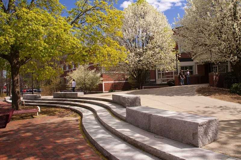 29)Western New England University inSpringfield. With an enrollment of just over 3,700, 25 crimes were reported in 2012, most for larceny/theft.