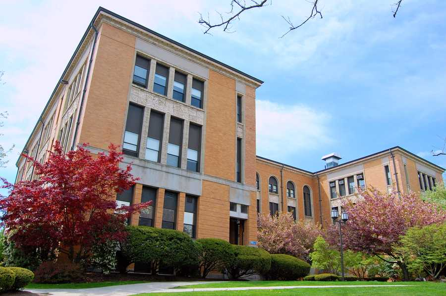 9)Salem State University in Salem. Just over 9,600 are enrolled at the school. In 2012, there were 99 incidents of crime reported, most for larcey, theft and burglary. There were three reports of forcible rape.