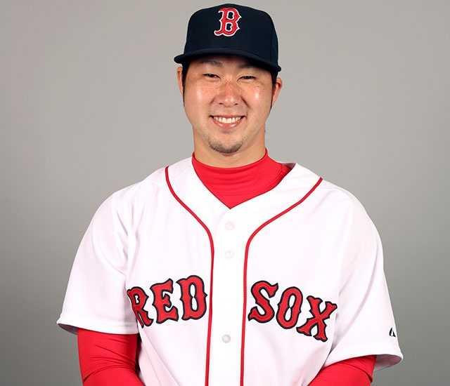 Junichi Tazawa, relief pitcher