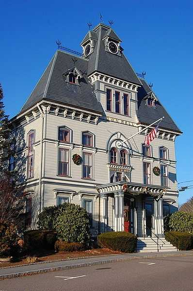 #11 (tie) The town of Topsfield was first settled in 1635, it was incorporated in 1650