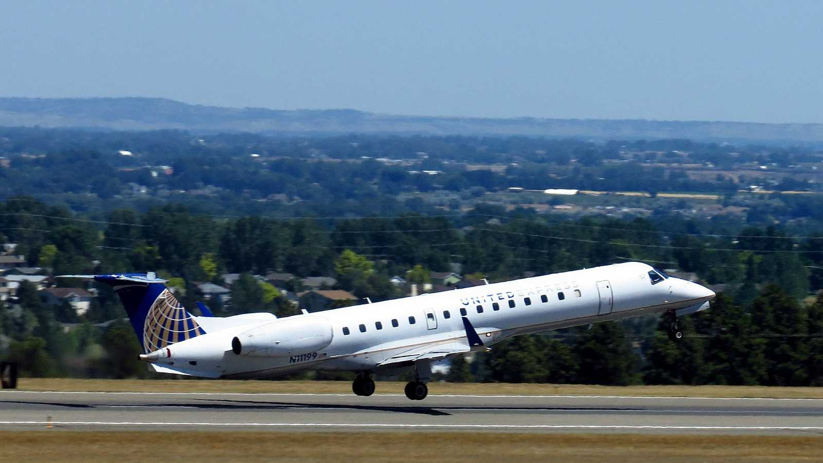 United Express Airplane 101313