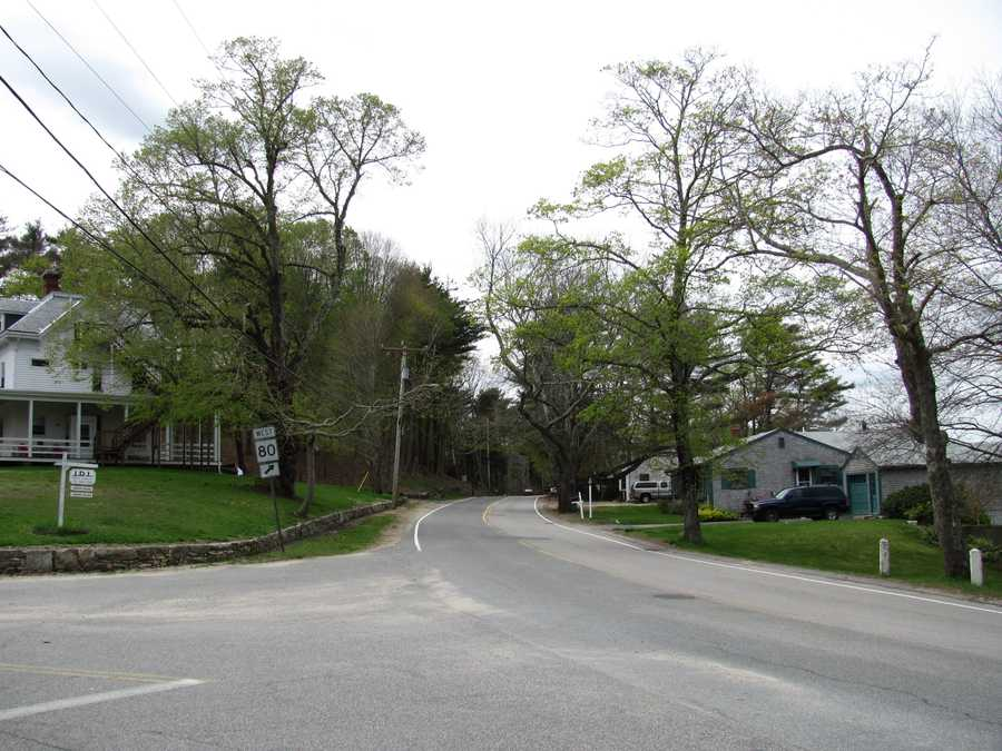 #1 (tie) The town of Kingston was first settled in 1620, it was incorporated in 1726.