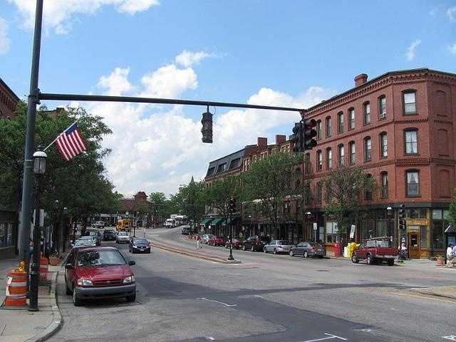 brookline village single guys Located around the intersections of harvard street, washington street and boylston street (route 9) just west of the emerald necklace, brookline village is the town's oldest shopping and.