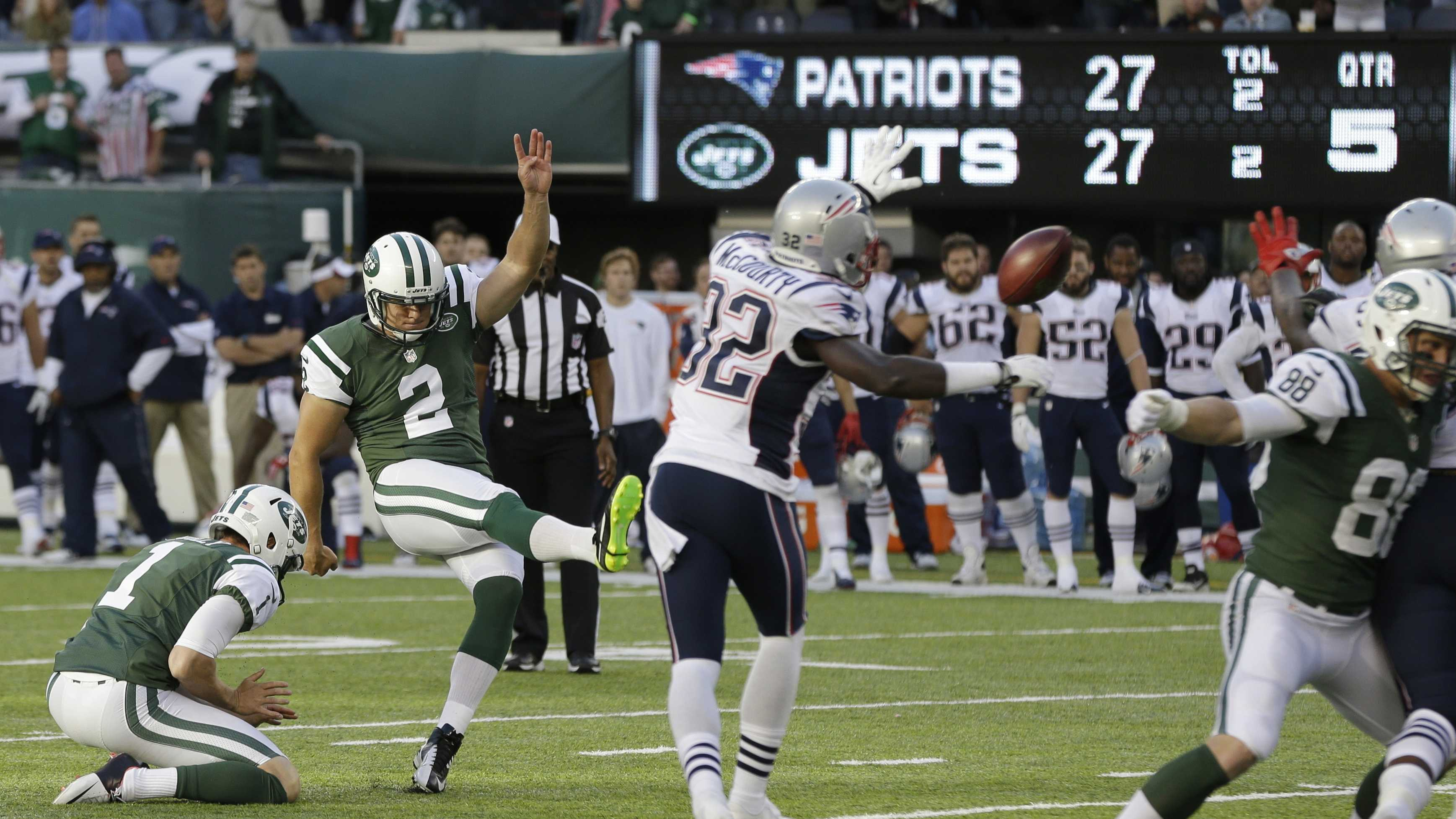 New York Jets kicker Nick Folk (2) kicks a field goal to win the game during overtime of an NFL football game against the New England Patriots Sunday, Oct. 20, 2013 in East Rutherford, N.J. The Jets won the game 30-27.