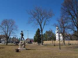 Townsend is in northern Middlesex County. It's a quintessential New England Town with a scenic town common, historic architecture, and plenty of green space including Townsend State Forest. The population of Townsend is 8,926.