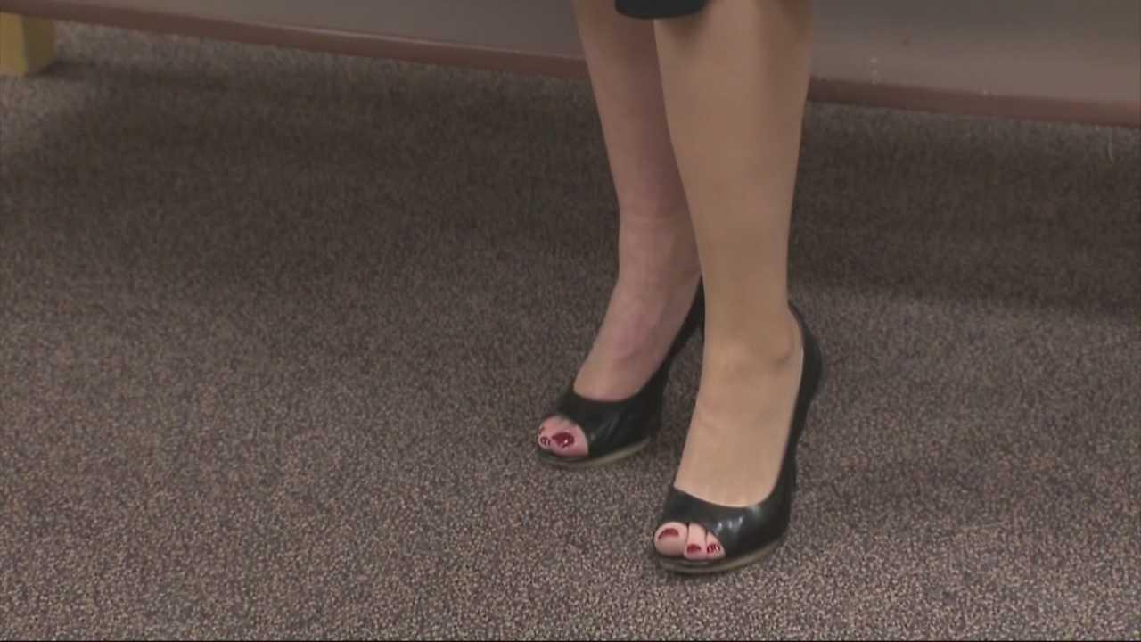 Marathon bombing survivor gets new leg for high heels