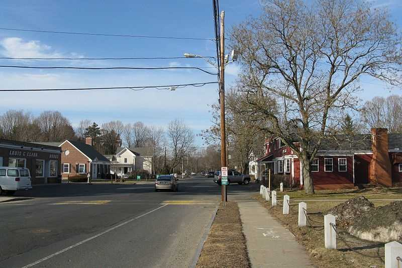 #14 Wilbraham: Average home price for a 4-bedroom, 2-bath home is $321,714