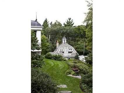 "A1 bedroom ""storybook"" guest cottage."