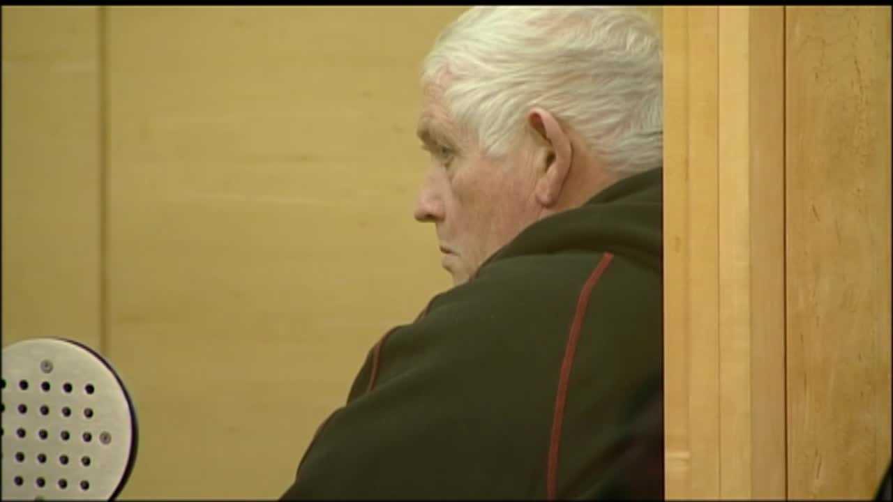 Robert Buckey abuse arrest 120313a