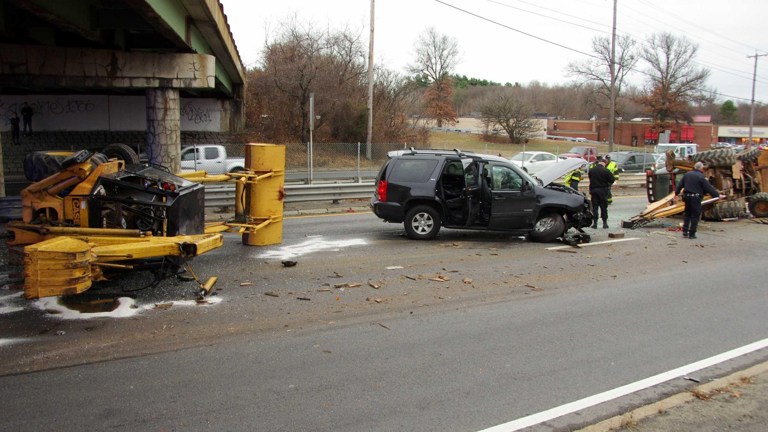 Saugus Route 1 crash 12613