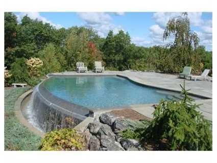 An infinity pool.